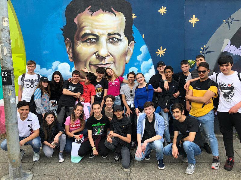 Con i Giovani, per i Poveri